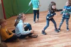 Gry i zabawy podczas Zimy w Aktywnej Akademii